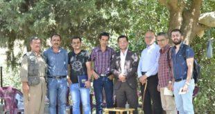 فريق من منظمة السلام والحرية يزور نهلة 1